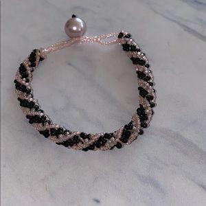 Black & Pink Beaded Bracelet 🌸